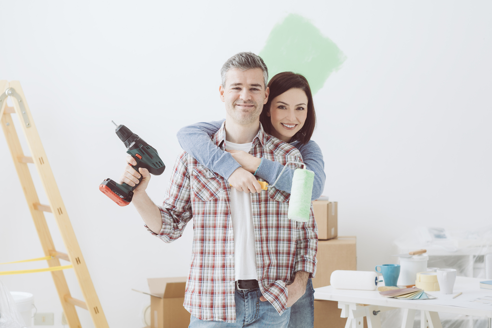 Couple-remodeling-their-home